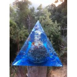 Orgonite tetraedro azul
