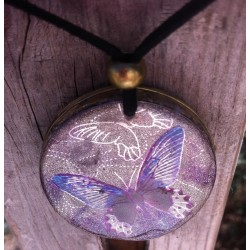 Colgante orgonita Mandala mariposa lila grande