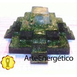 Pirámide Maya cuarzo verde Orgonite